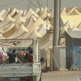 Rescue Thousands of Refugees Trapped in Camp