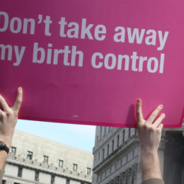 Applaud Initiative to Guarantee Free and Accessible Contraception